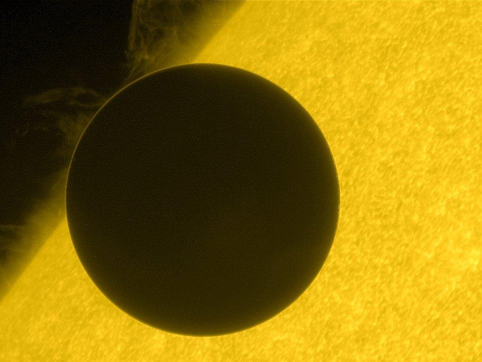 Transit de Vénus du 6 juin 2012 par Hinode