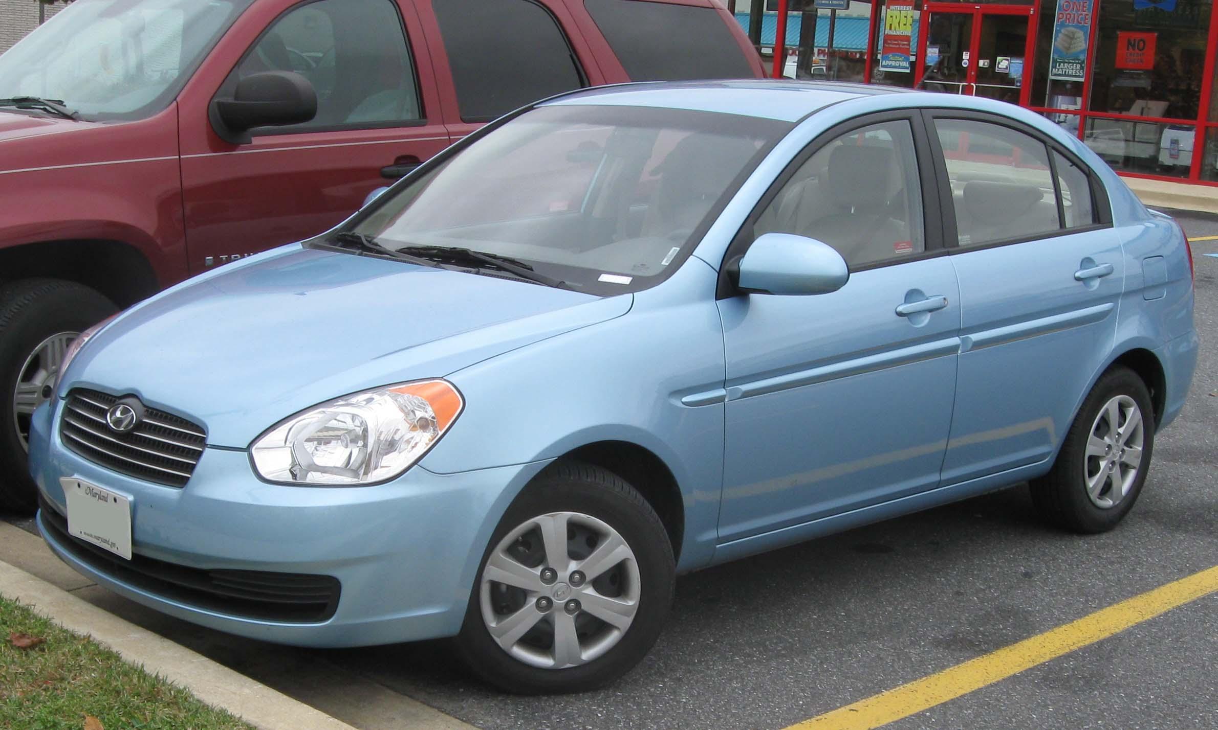 File Hyundai Accent Gls 10 30 2009 Jpg Wikimedia Commons