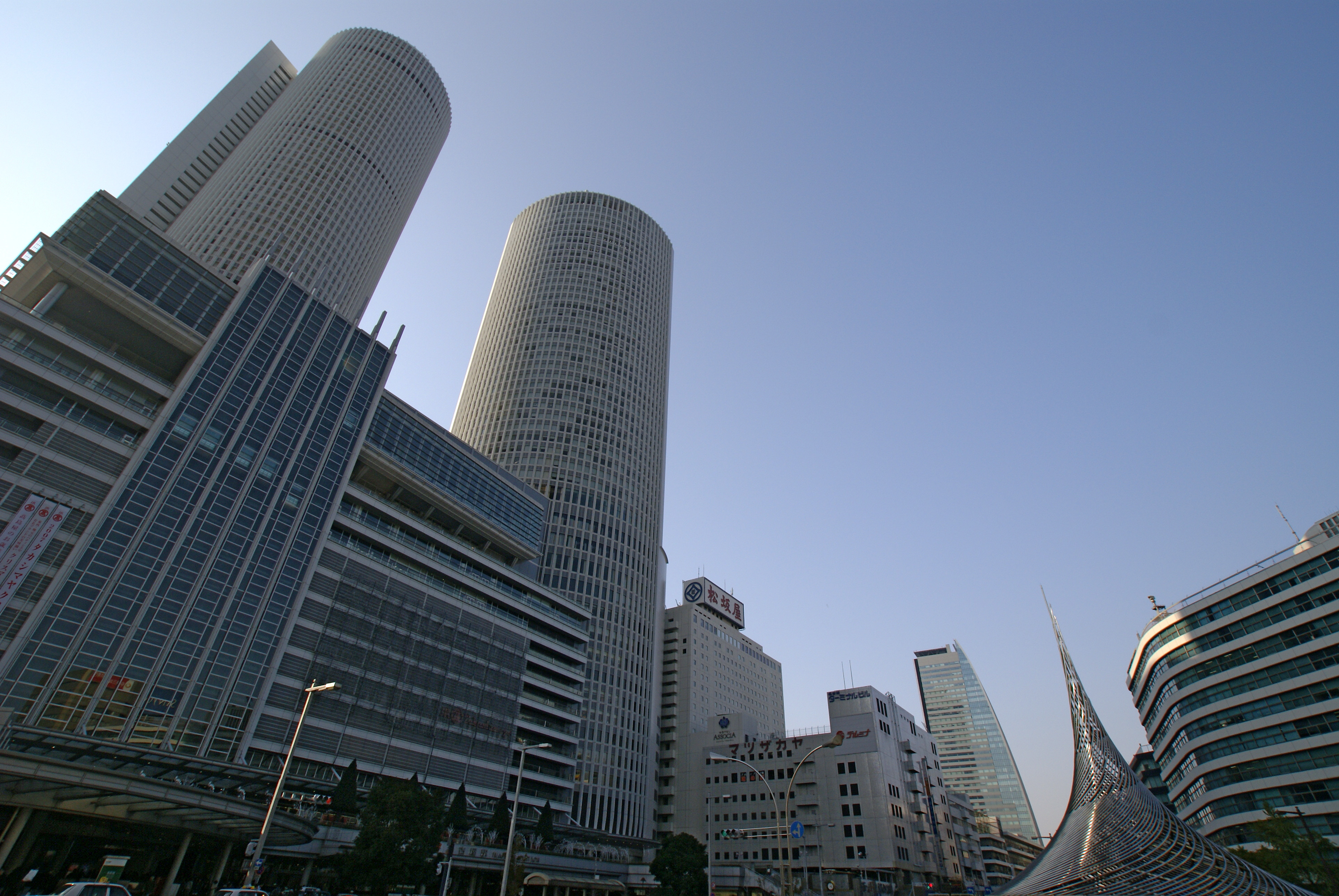 【地域】「魅力のない街」扱いの名古屋、「住みやすさ」PRで挽回...「リニアができれば東京も40分圏」 ★4 [無断転載禁止]©2ch.net YouTube動画>11本 ->画像>61枚