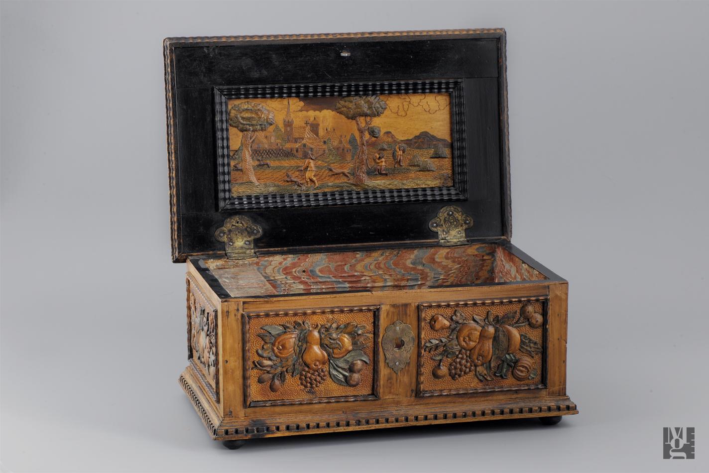 FileJewelry Box in Moravian Gallery (07).jpg & File:Jewelry Box in Moravian Gallery (07).jpg - Wikimedia Commons Aboutintivar.Com