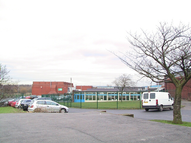 File:Kearsley Sports Centre - geograph.org.uk - 91156.jpg