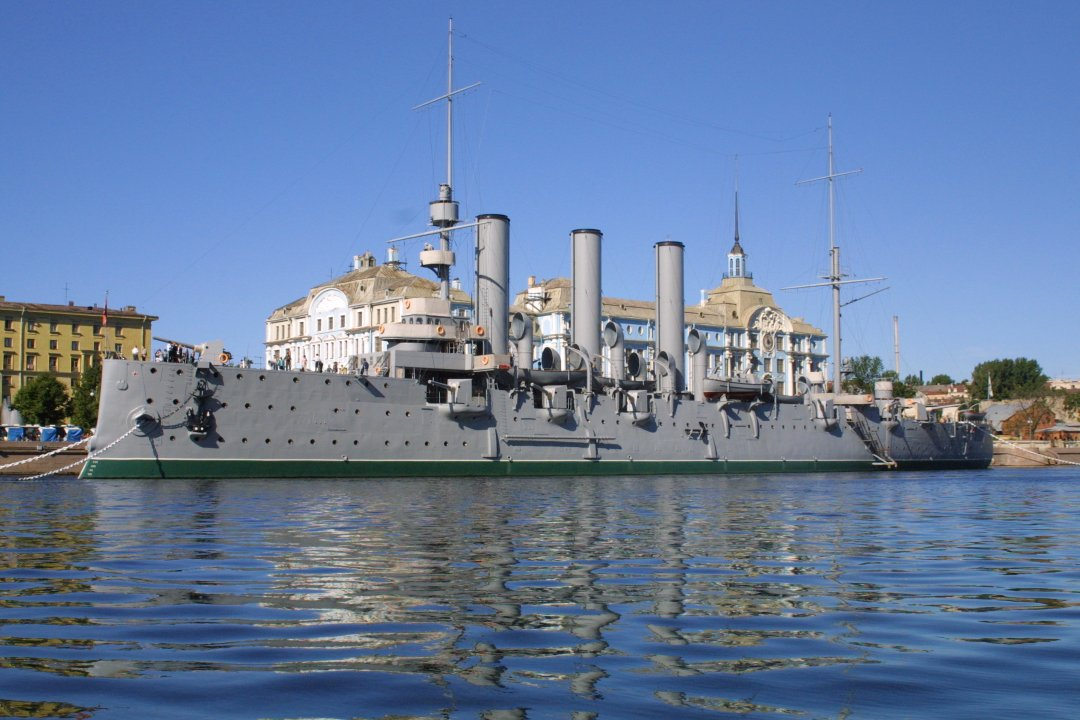 Крейсер «Аврора» небудет стрелять вдень 100-летия революции
