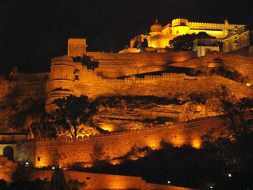 File:Kumbhalgarh Fort- Rajasthan India.jpg - Wikimedia Commons