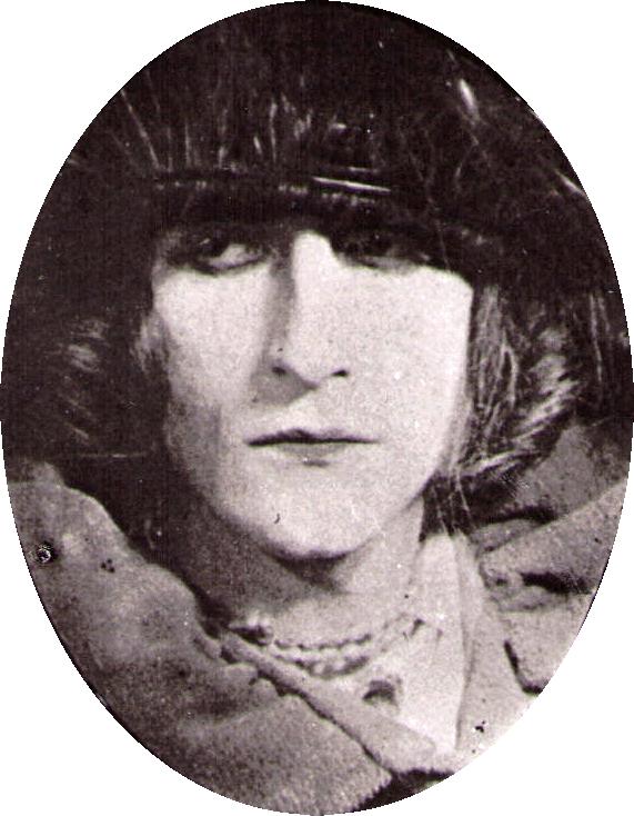 Marcel Duchamp nei panni di Rrose Sélavy, fotografato da Man Ray