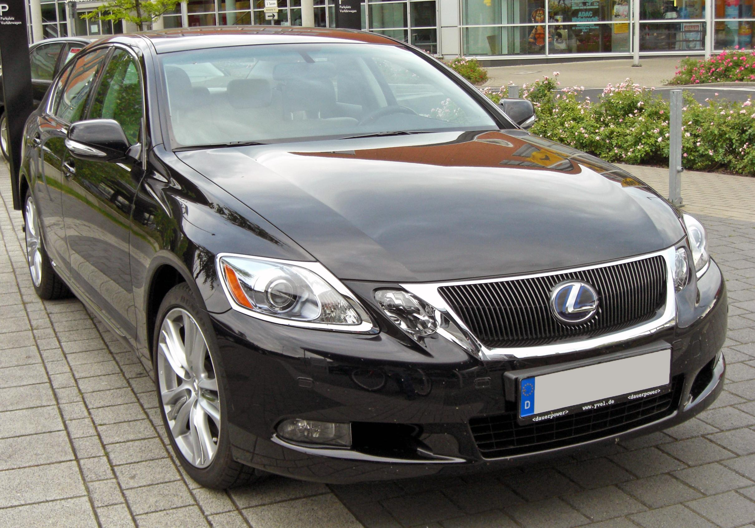 https://upload.wikimedia.org/wikipedia/commons/3/3a/Lexus_GS_450h_Facelift_20090603_front.JPG