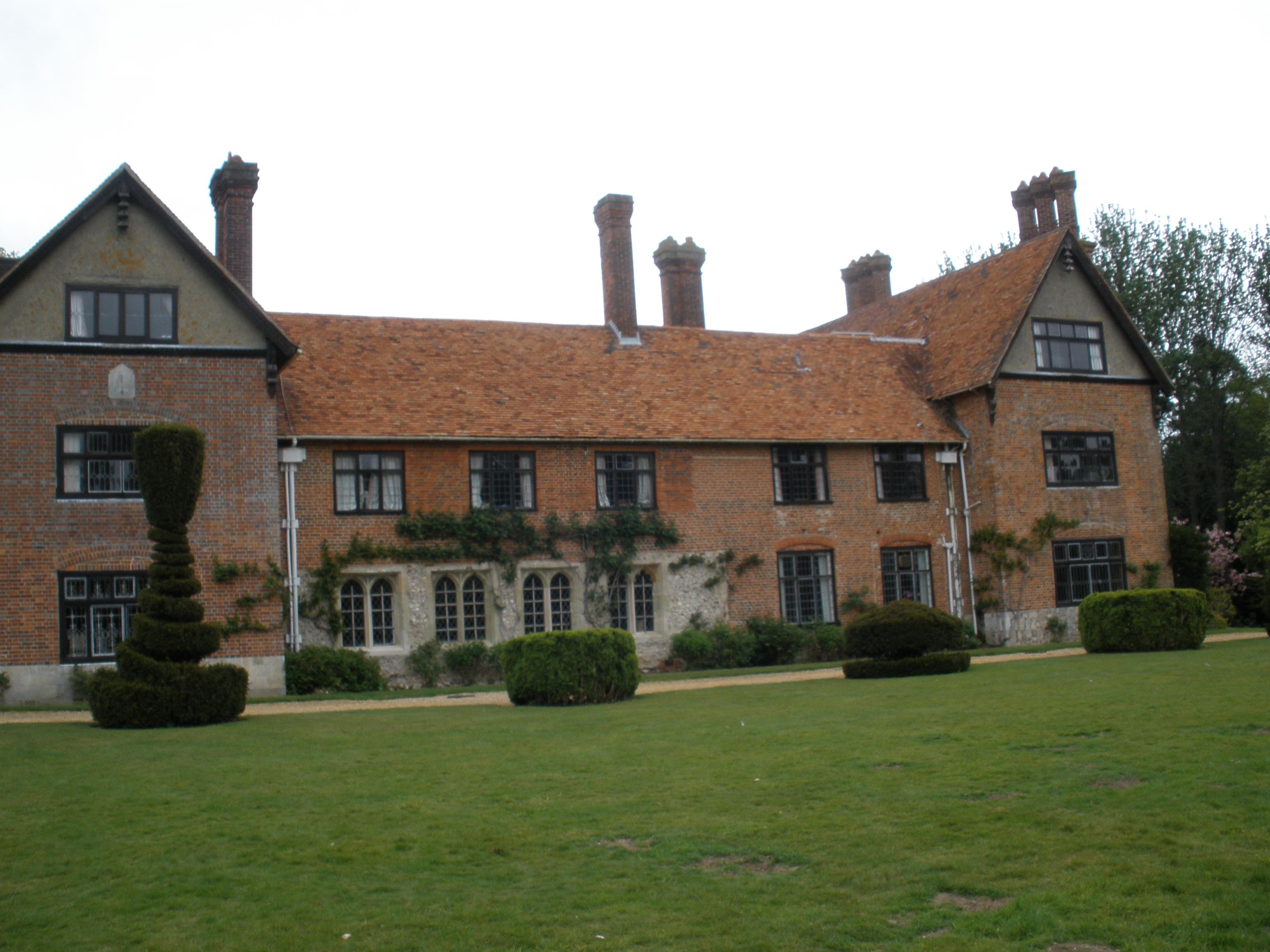 Stanbridge Earls School - Wikipedia
