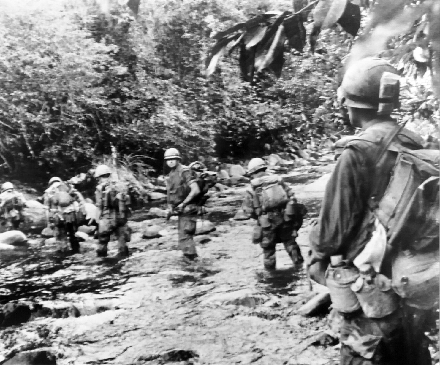 File Marines On Okinawa Jpg Wikipedia