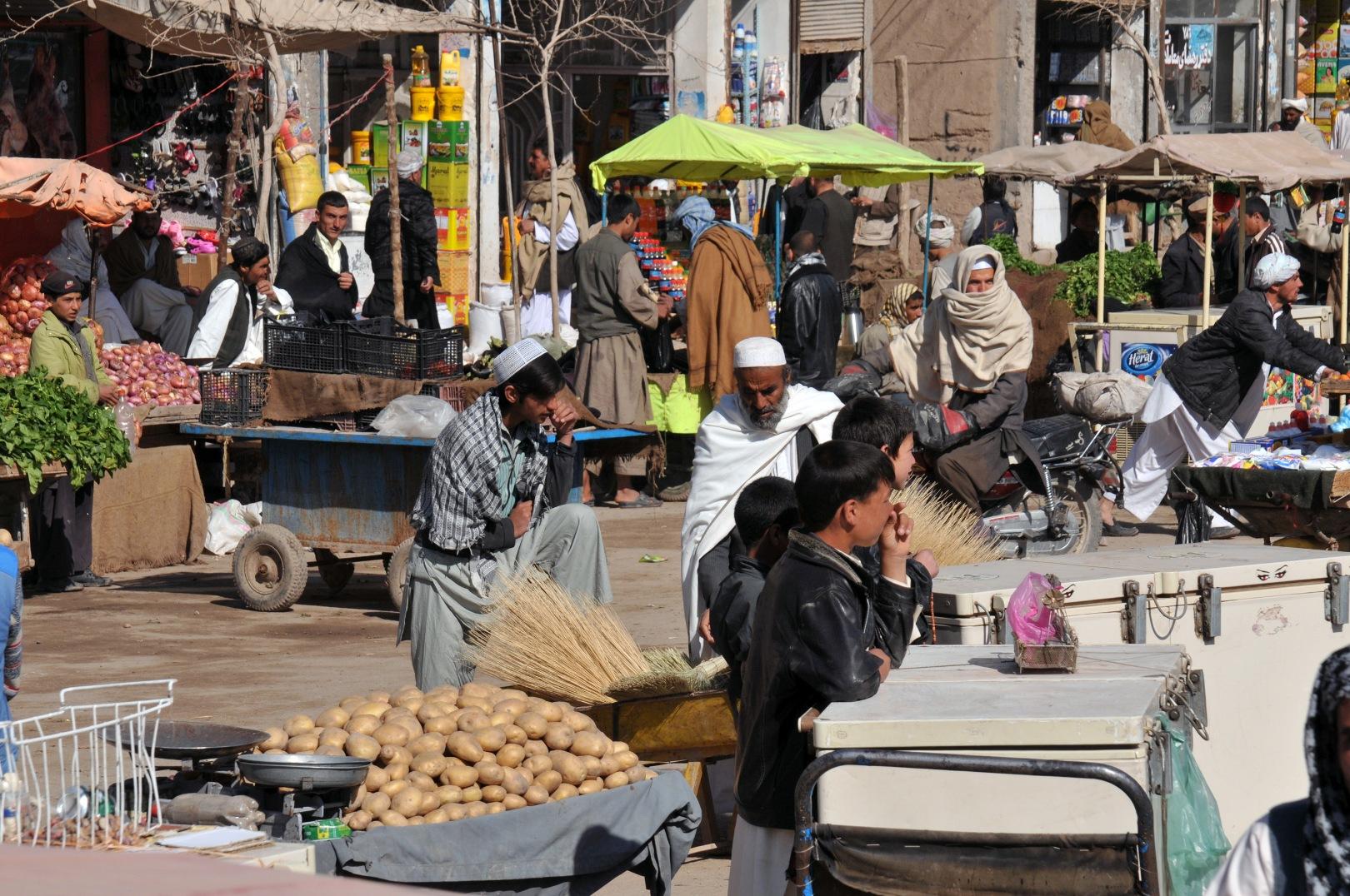 File:Market area in Herat.jpg - Wikimedia Commons