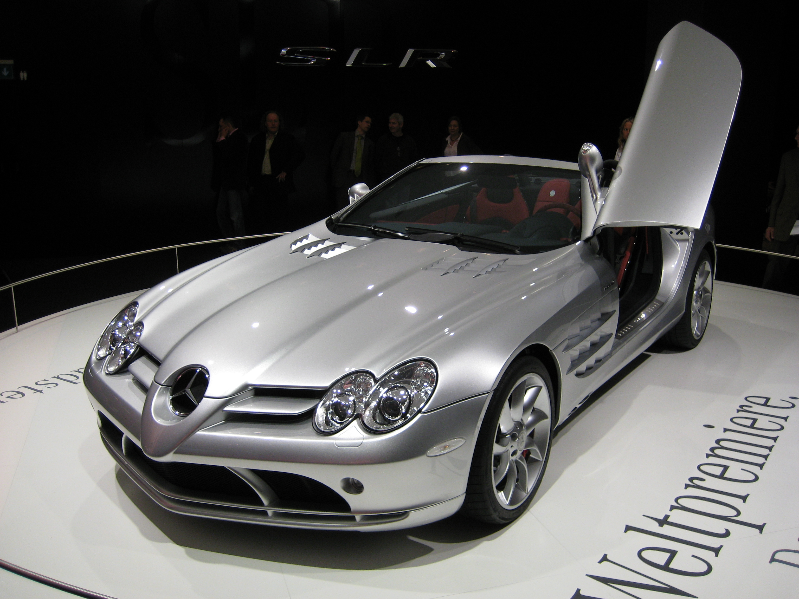 Mercedes benz slr mclaren фото