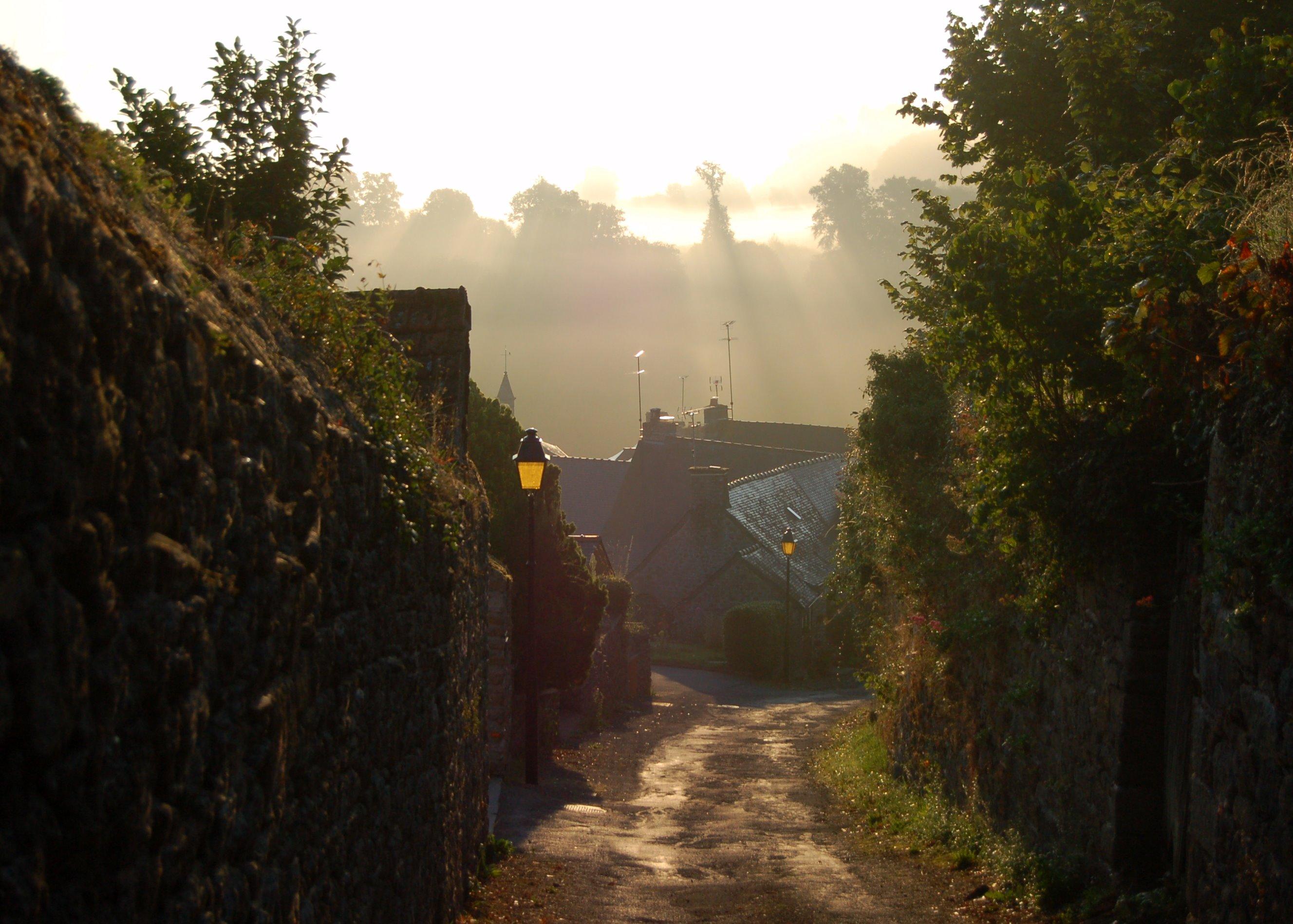 Moncontour en bretagne un des plus beaux villages de for Sites paysages