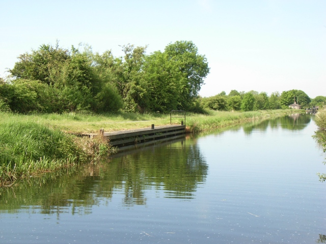 Mooring Near Lock No. 37 on the Royal Canal, Co. Westmeath - geograph.org.uk - 831674