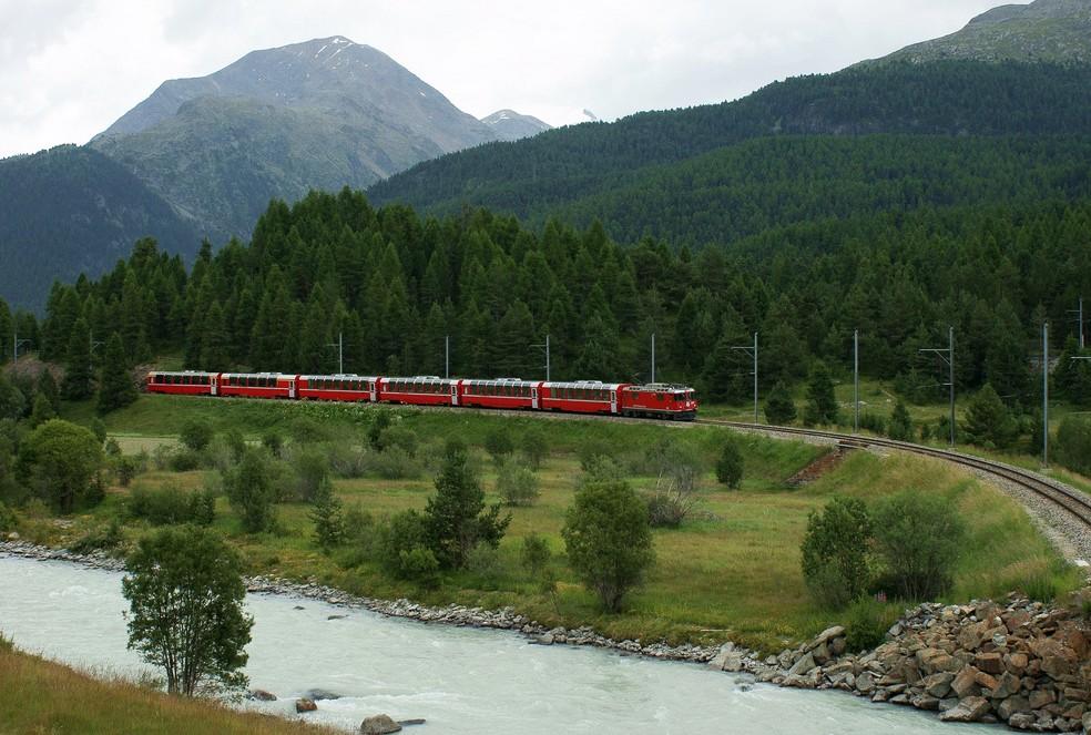 Bernina Express con Re 4/4 II