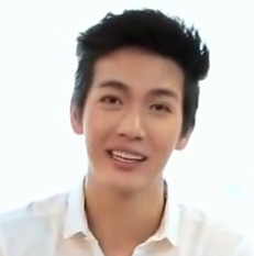 Puttichai Kasetsin in CLEO advertising (cropped).png