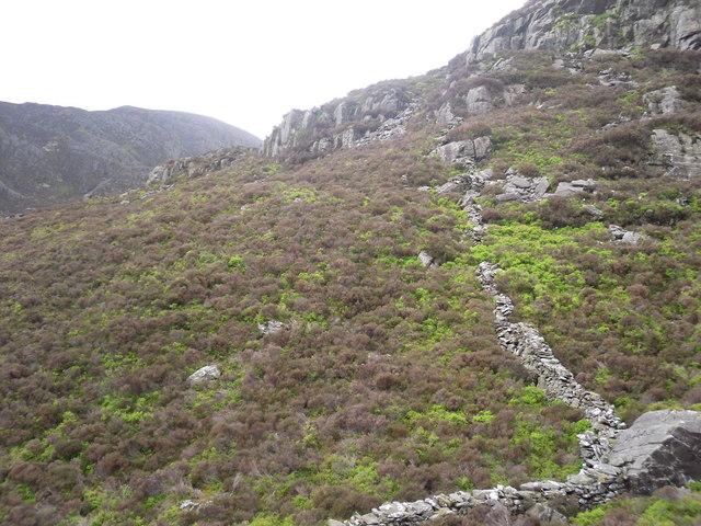 Rhinog Fawr on the left - geograph.org.uk - 1337077