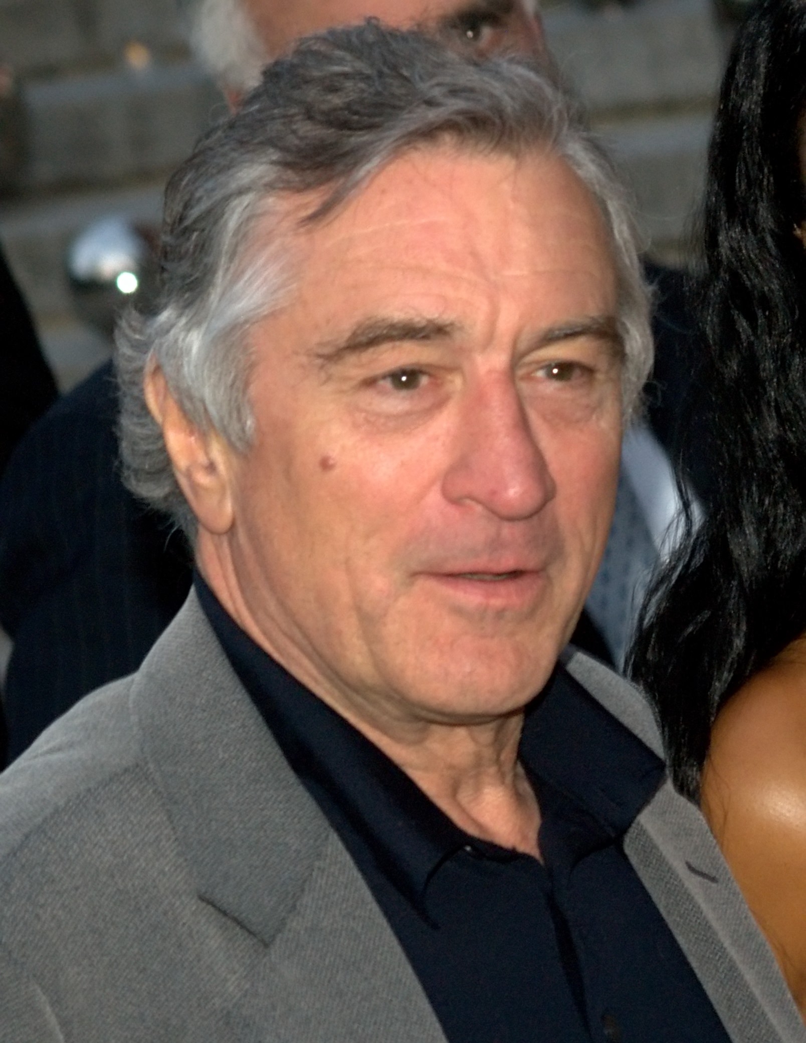 The 74-year old son of father Robert De Niro, Sr. and mother Virginia Holton Admiral, 178 cm tall Robert De Niro in 2017 photo