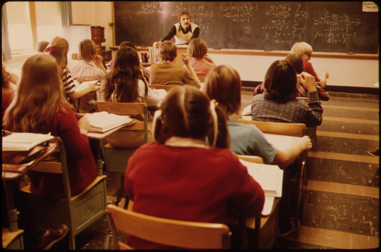 Relationships between teacher and students parent : Teachers