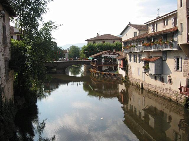 Nive wikipedia - Hotel des pyrenees st jean pied de port ...