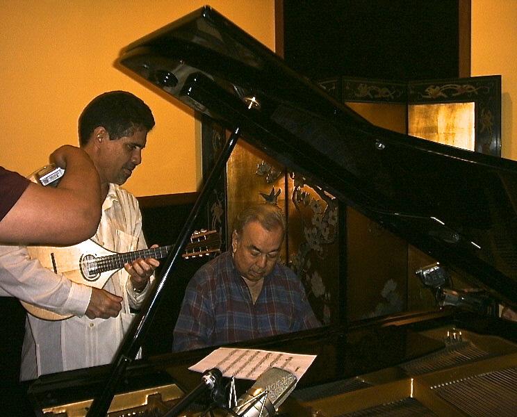 Saúl Vera y Aldemaro Romero (al piano).