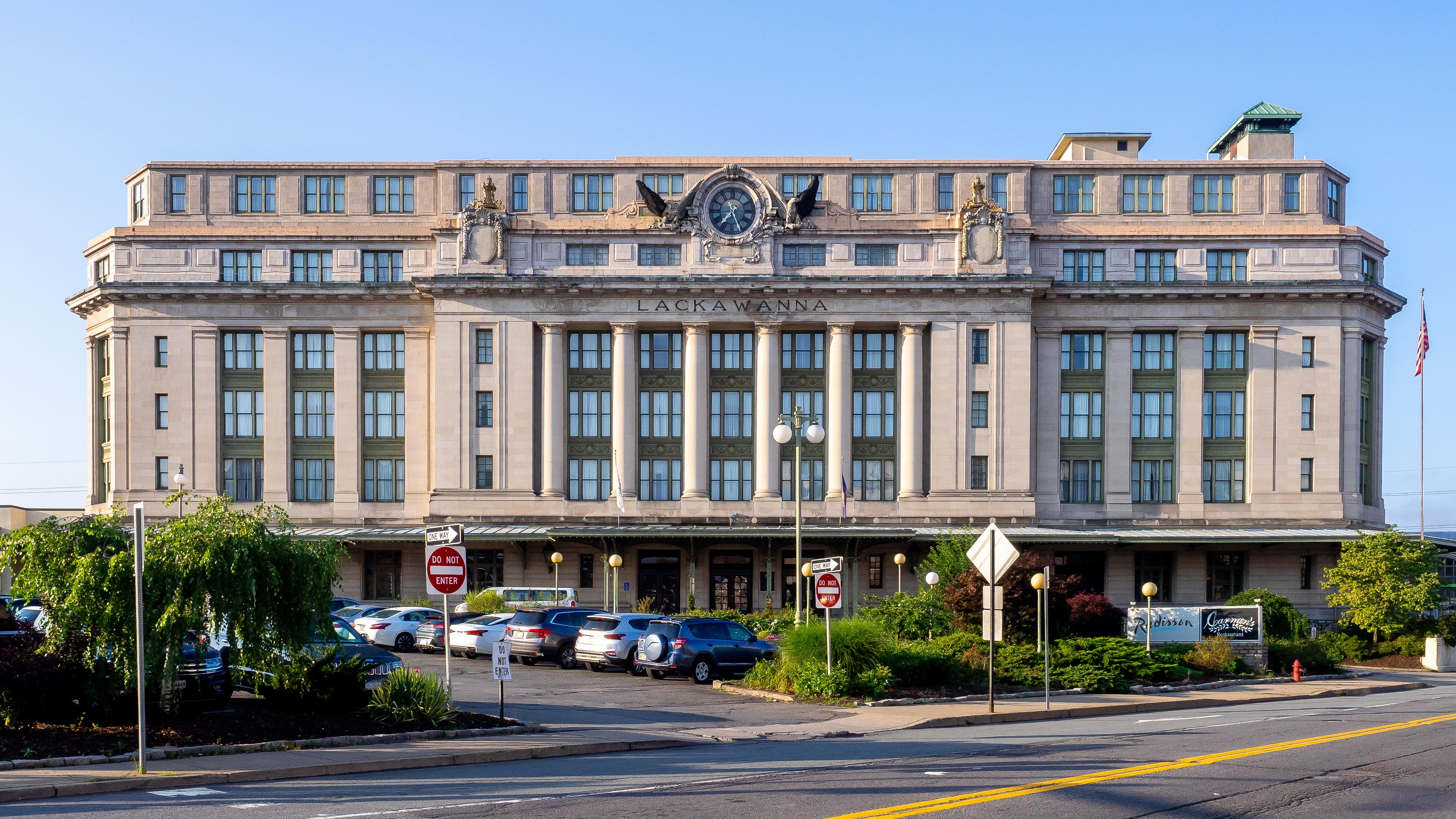 Radisson Lackawanna Station Hotel - Wikipedia