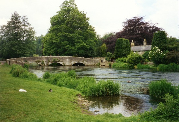 Sheepwash Bridge, Ashford in the Water - geograph.org.uk - 345781