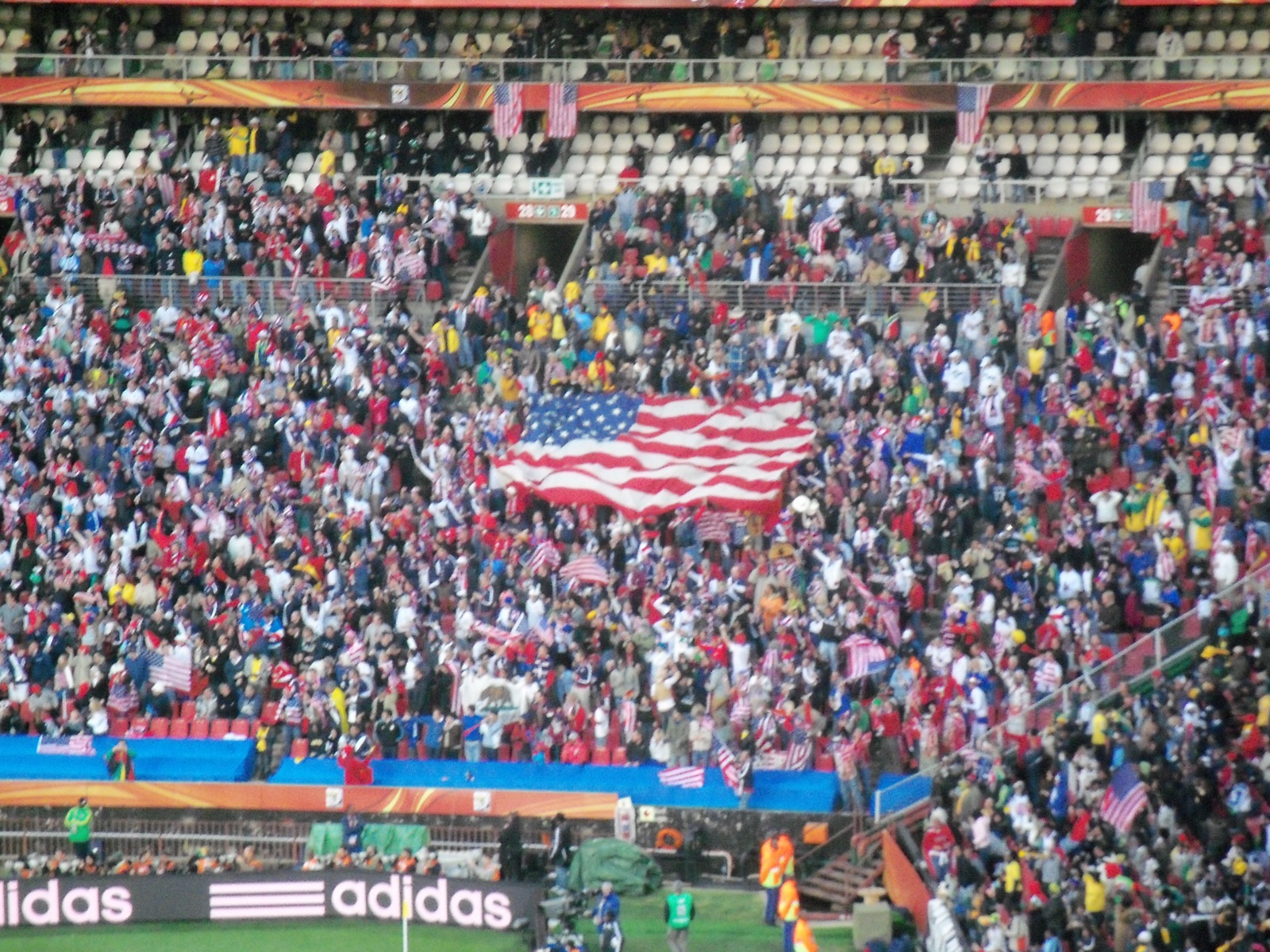 File:Slovenia - USA at FIFA World Cup 2010, tribunes.jpg