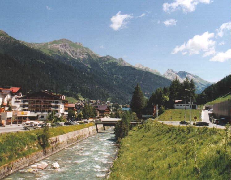 St Anton Am Arlberg Hotel Rooftip Pool