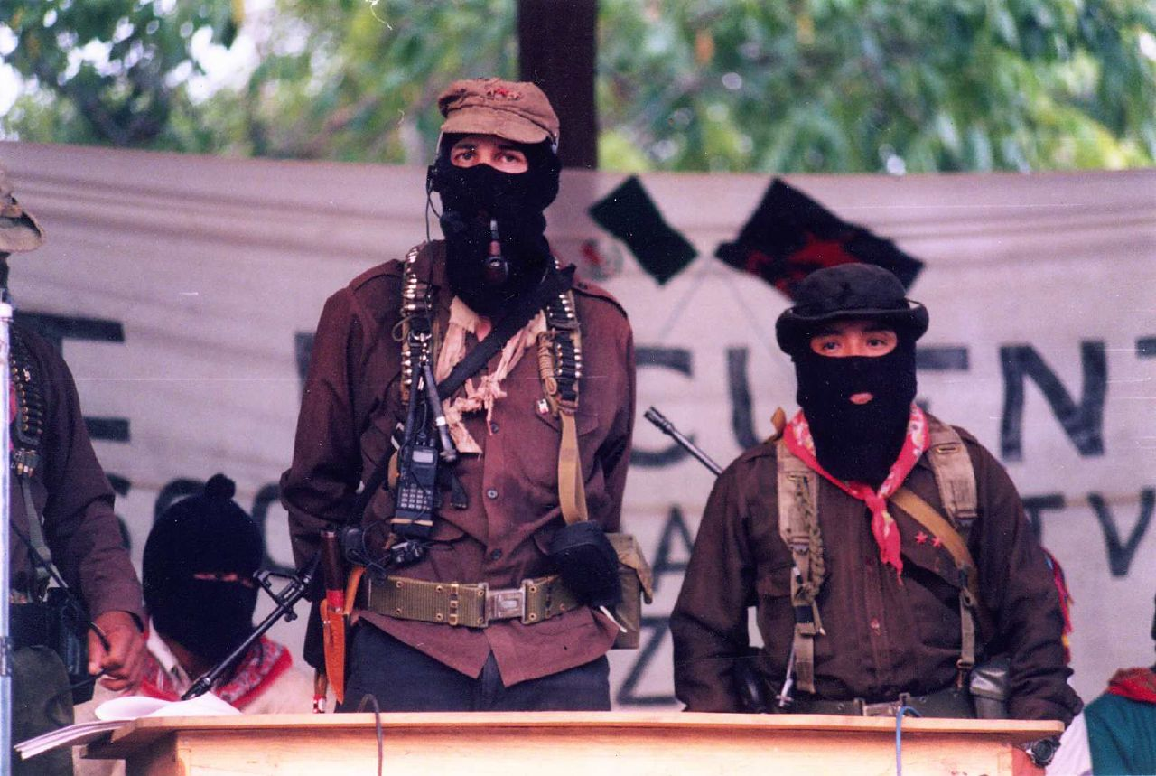 the ezln The zapatista struggle against global neoliberalism 23 march 2016 by esther  miranda on 1 january 1994 the north american free trade.