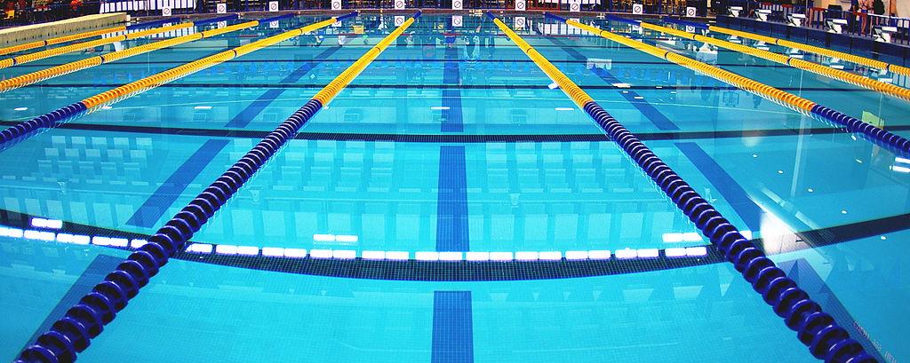 File:Swimming pool with lane ropes in place cropped.jpg ...