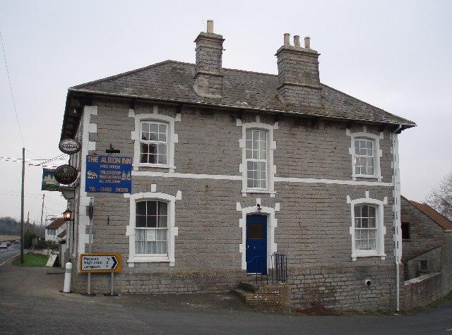 File:The Albion Inn. Ashcott - geograph.org.uk - 115729.jpg