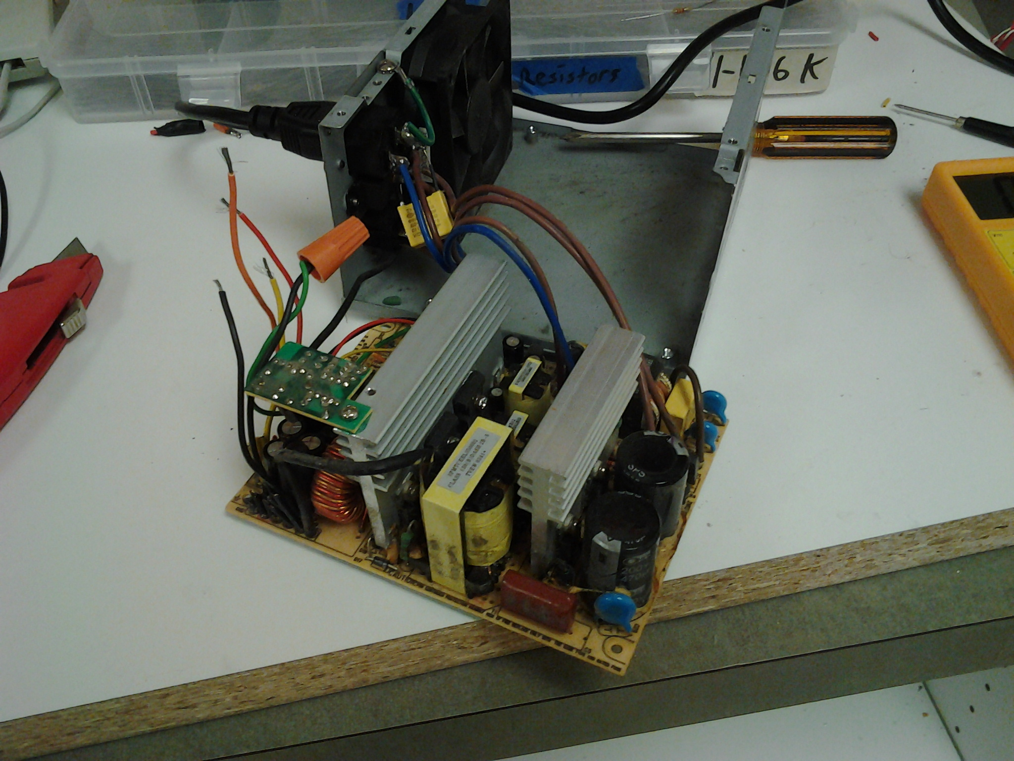 The_broken_power_supply_which_we_got_to_
