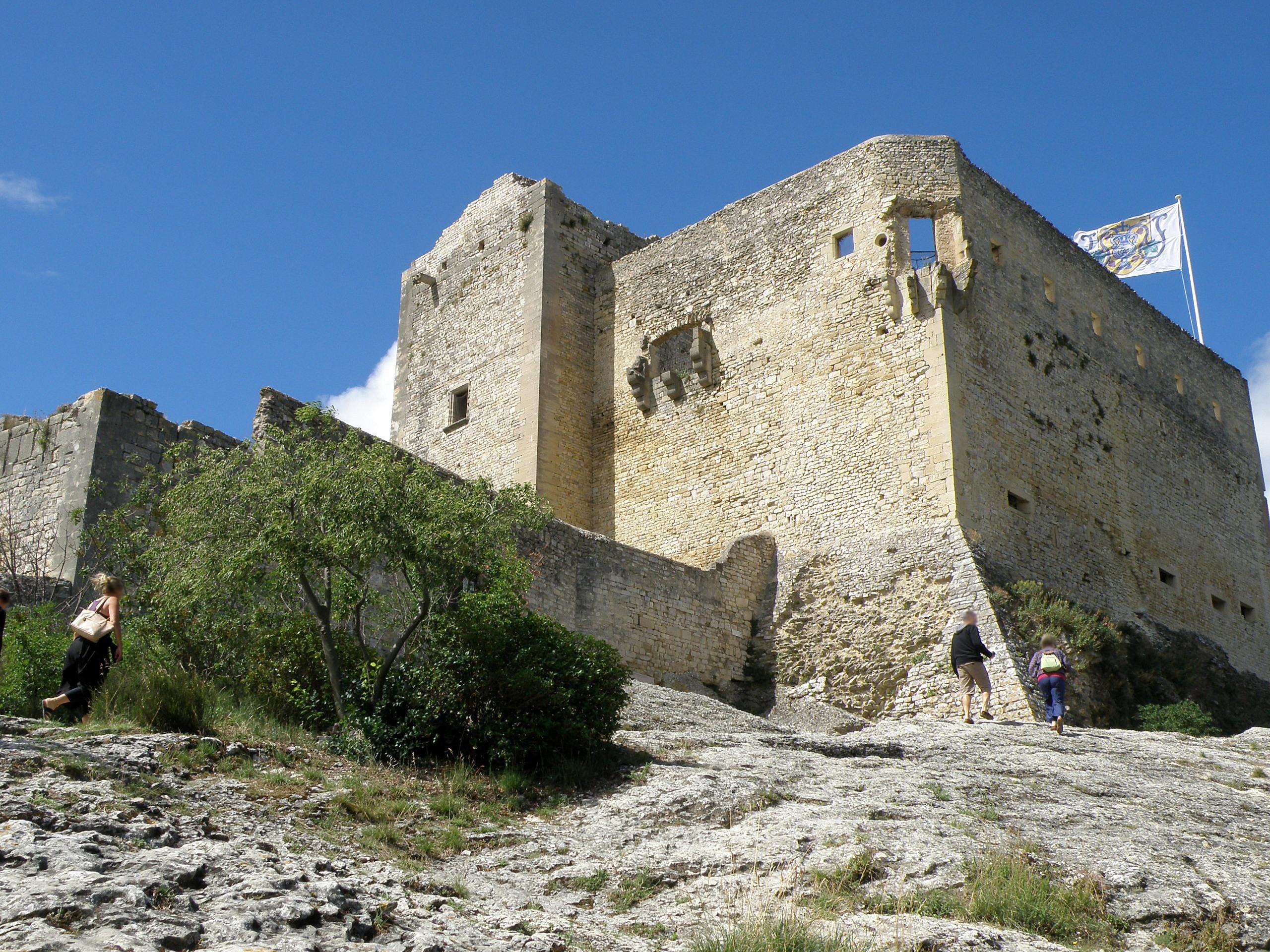 File vaison la romaine ch teau 4 jpg wikimedia commons - Office du tourisme de vaison la romaine ...