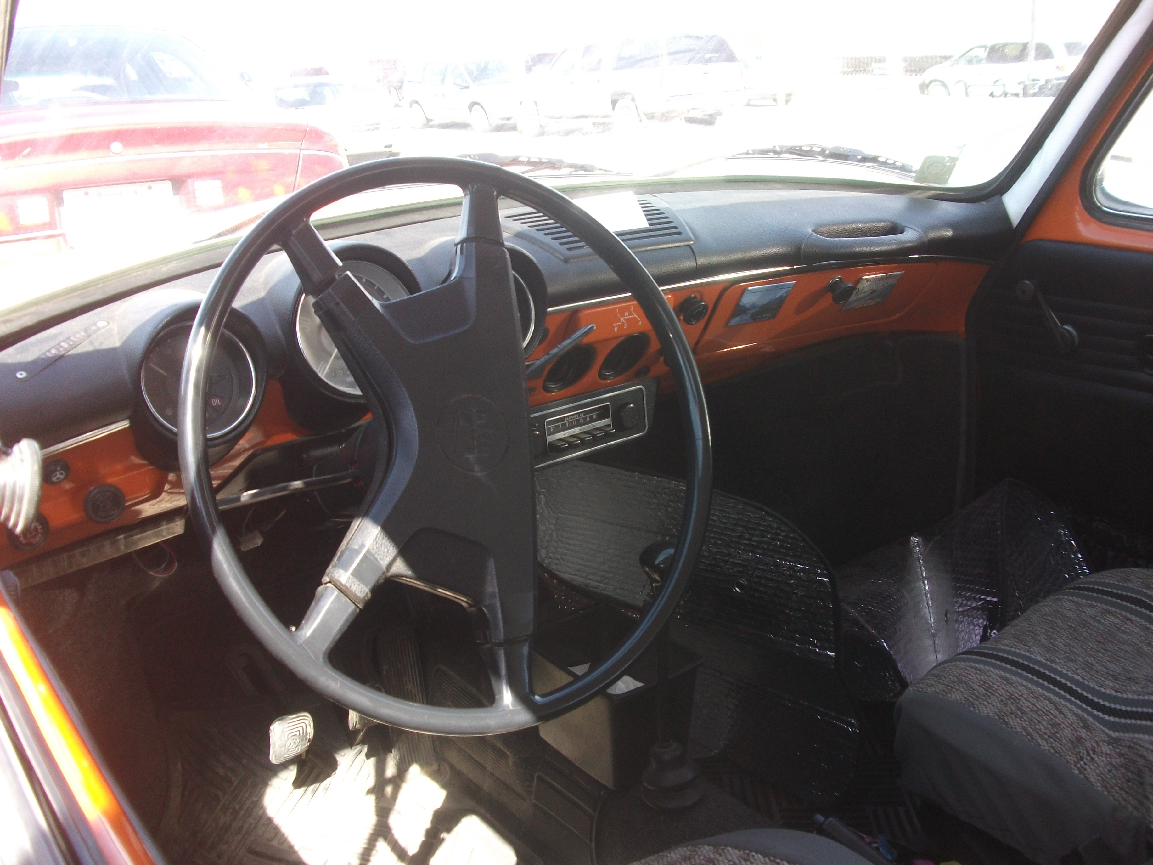 File:Volkswagen Squareback Type 3 interior (7106069777).jpg