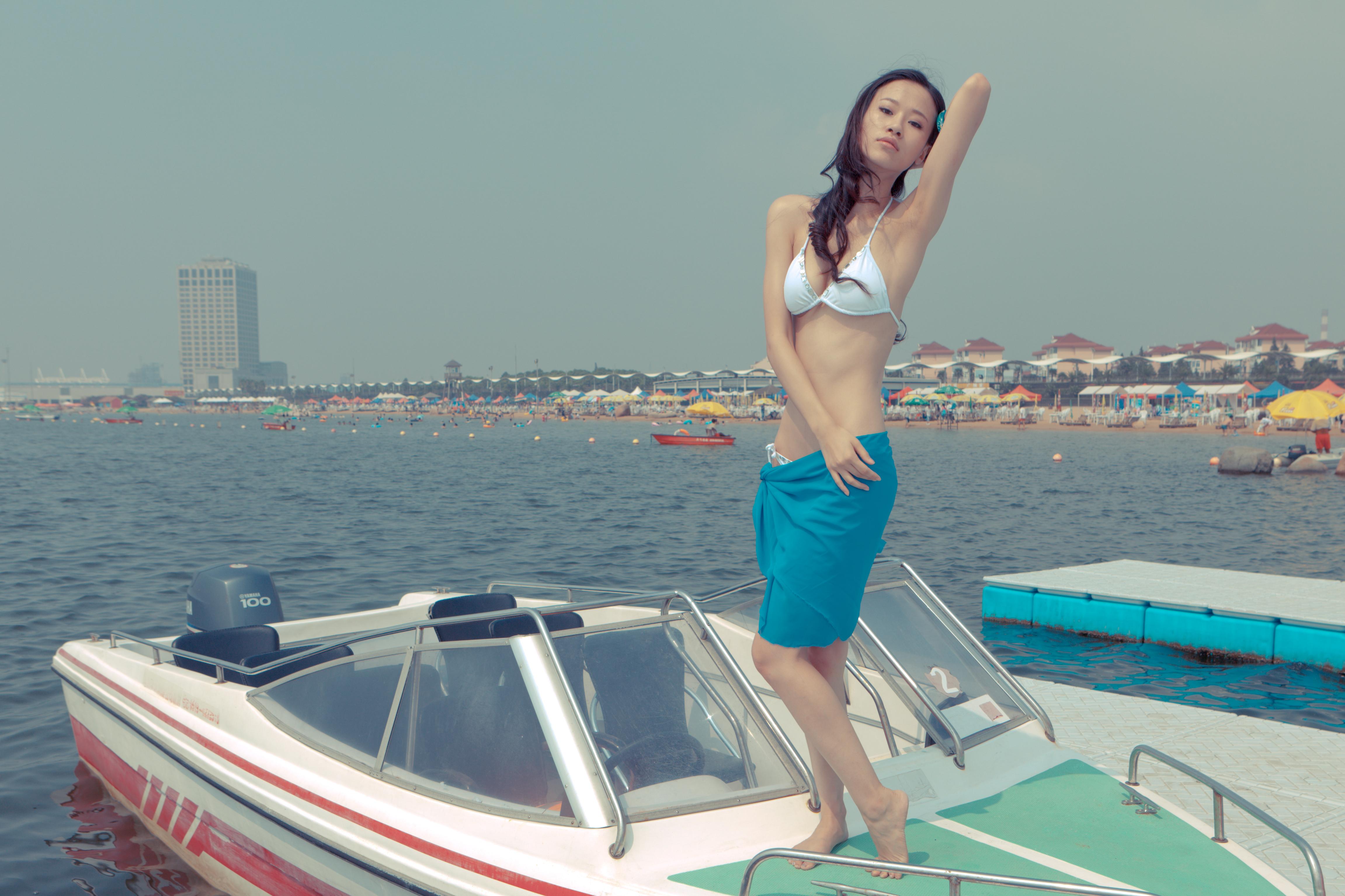 hot women nude on boats