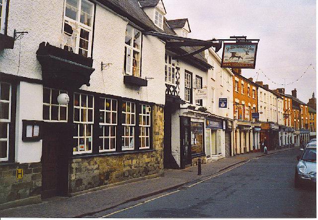 Ye Olde Reindeer Inn. - geograph.org.uk - 116584