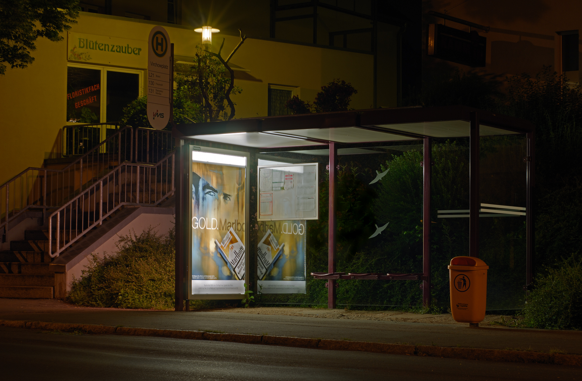 Lights On Bus Stops Paradox Interactive Forums
