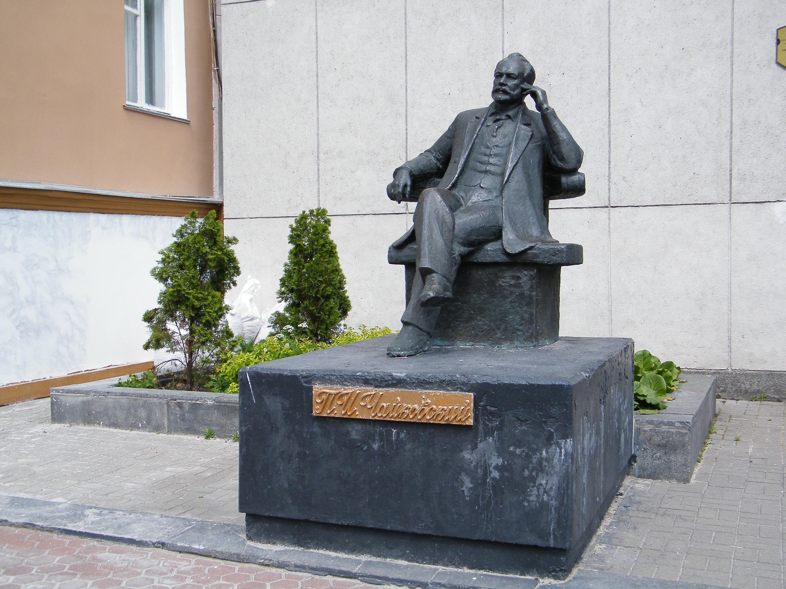 Памятники в гомеле форум купить памятник в самара буратино