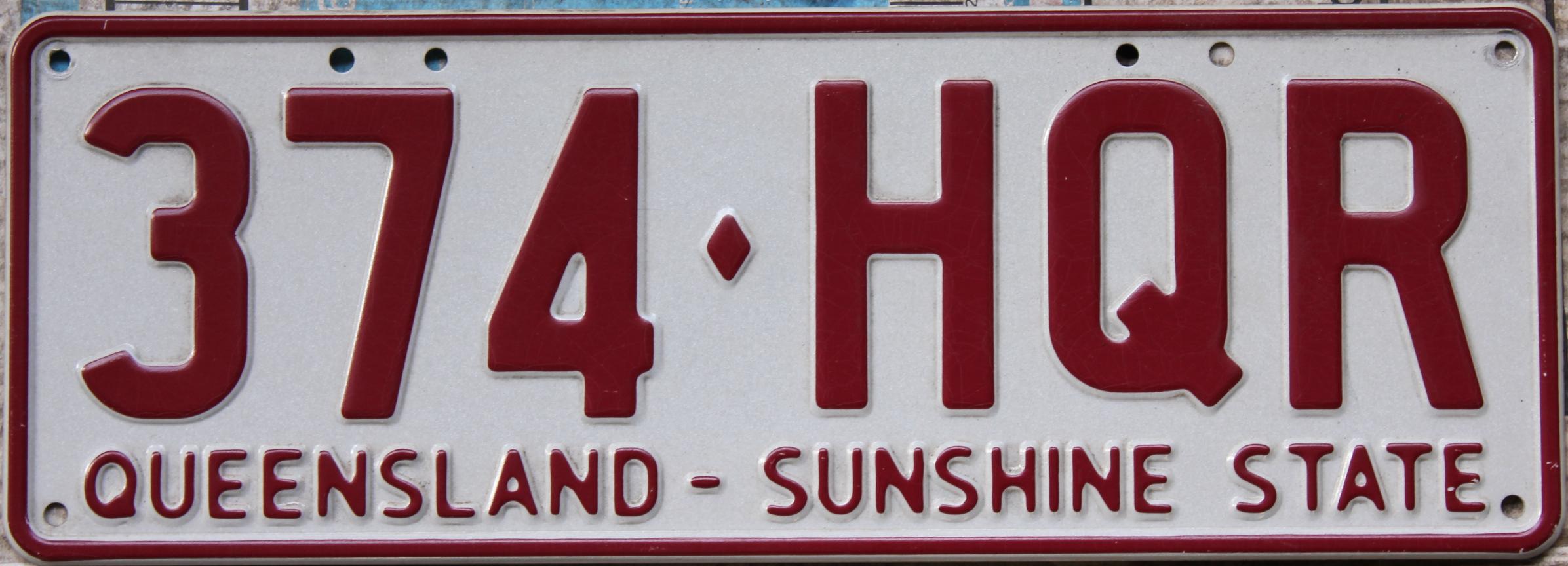 File:2002 Queensland registration plate 374♢HQR Sunshine State ...