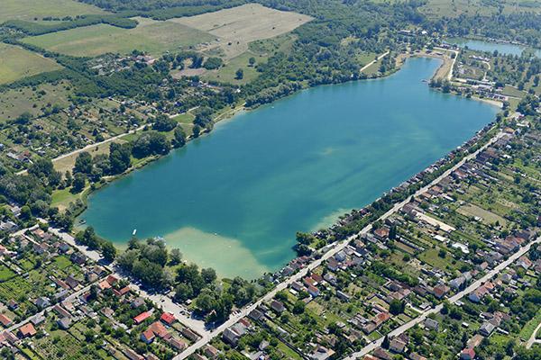 Fájl:A Dorogi-tó más néven Palatinus strand. Közigazgatásilag ...
