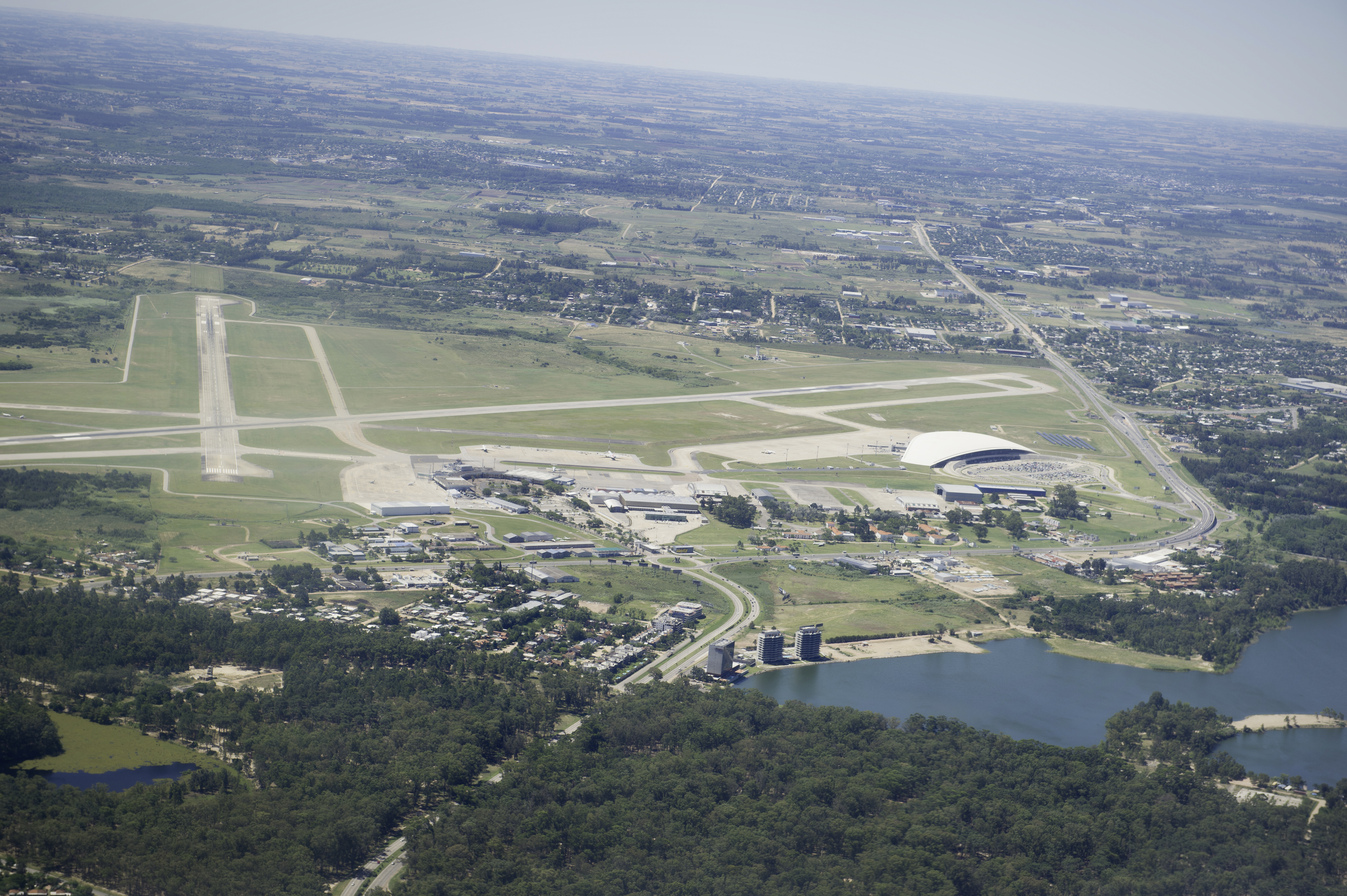 Carrasco International Airport - Wikipedia