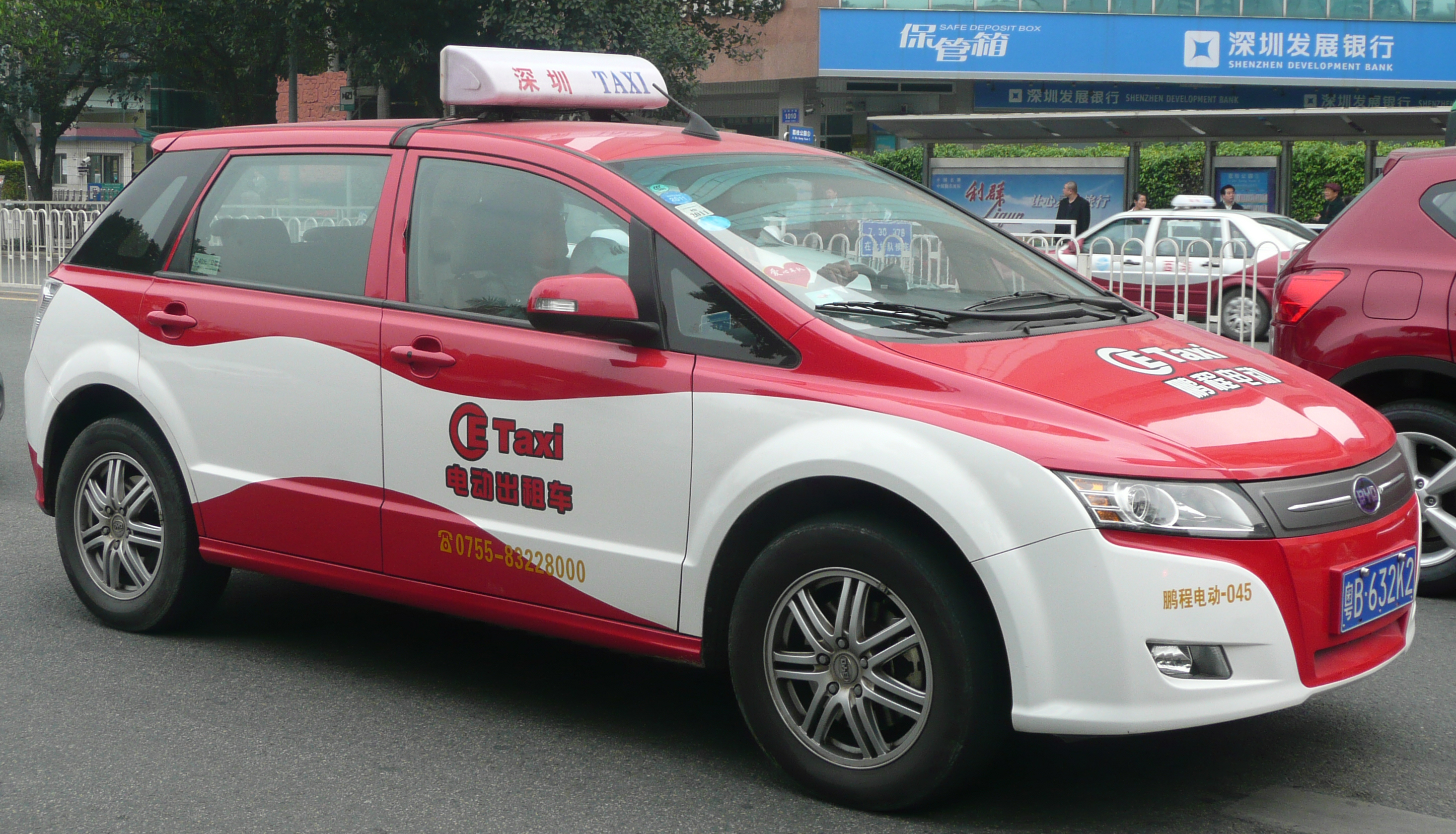 BYD Electric Taxi.jpg