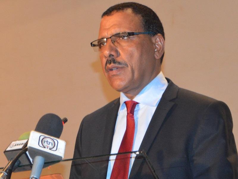 Mohamed bazoum wikip dia for Ministre interieur 1960
