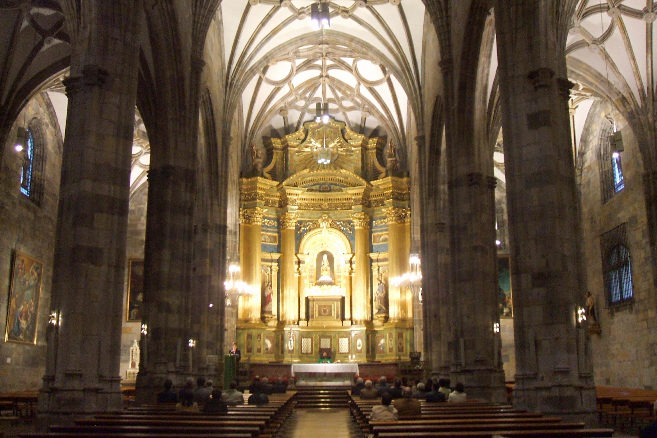 File:Bilbao - Basilica de Begoña 05.JPG - Wikimedia Commons