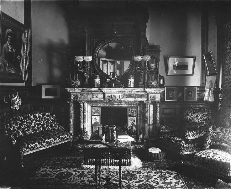 file boudoir r sidence de mme george stephen v 73826 jpg wikimedia commons. Black Bedroom Furniture Sets. Home Design Ideas