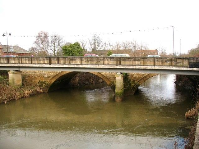 Bridges over the Derwent - geograph.org.uk - 1143794