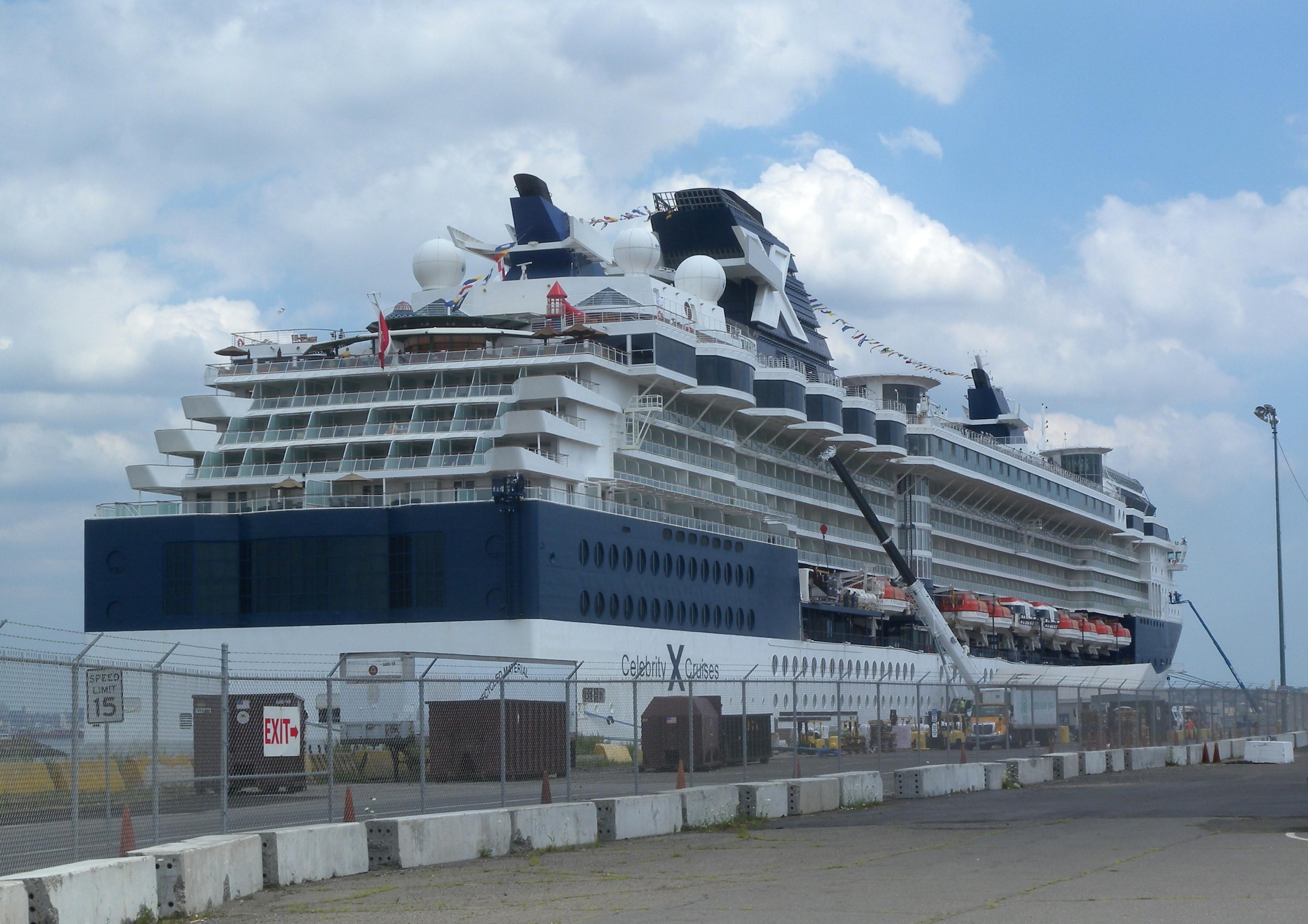 Celebrity solstice cruise sydney to honolulu