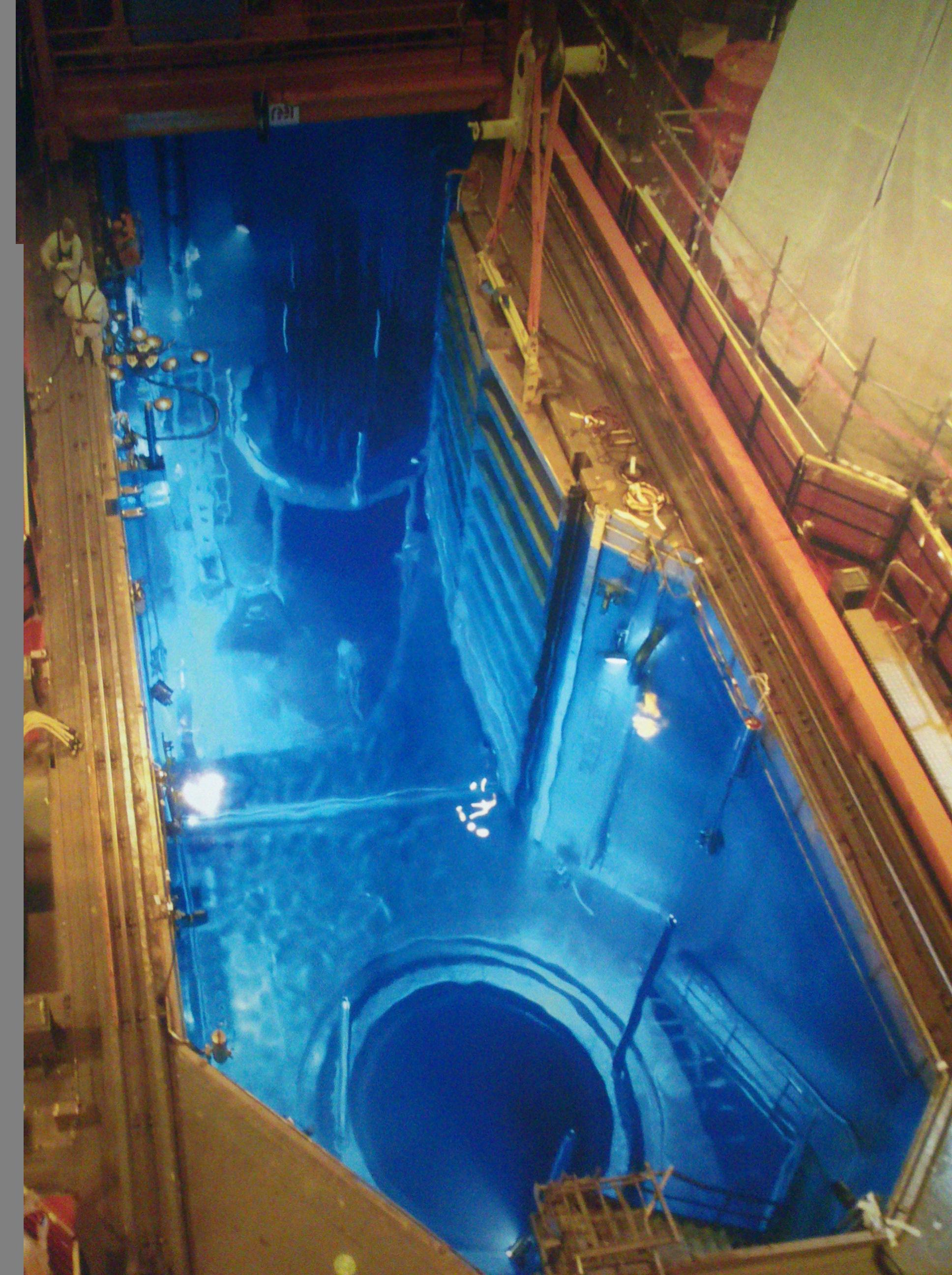 Fichier centrale nucl aire de gravelines piscine du for Piscine nucleaire