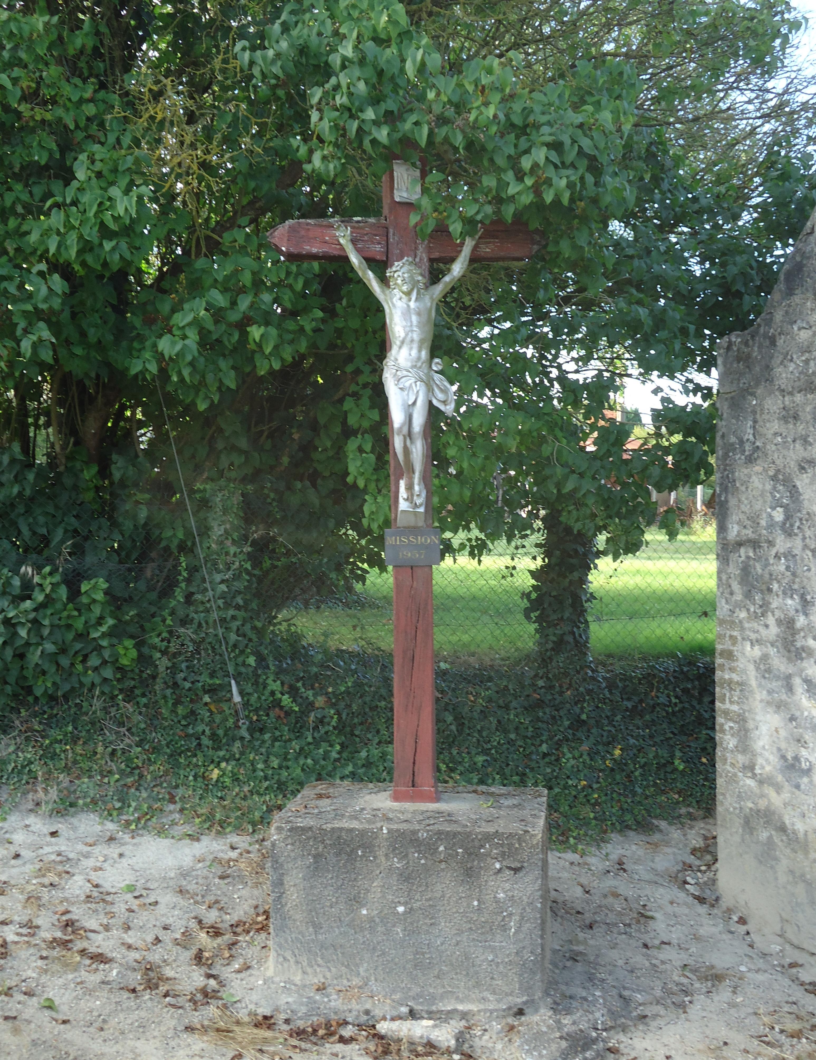 File coulong calvaire de la chapelle saint hubert jpg for B b la maison st hubert