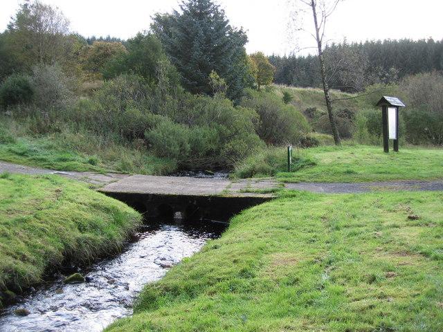 Cuddys hall picnic area - geograph.org.uk - 992161