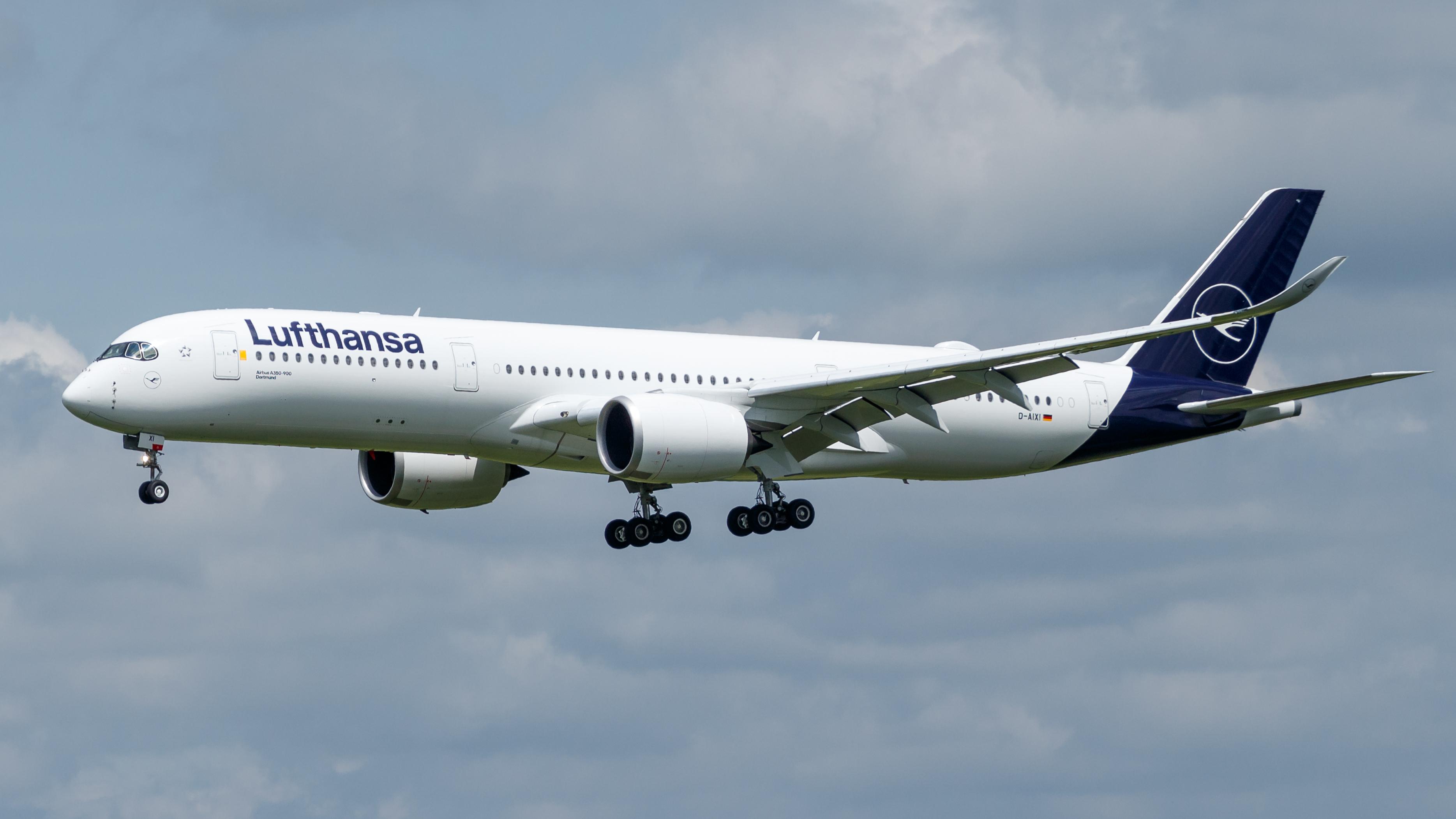 Lufthansa –