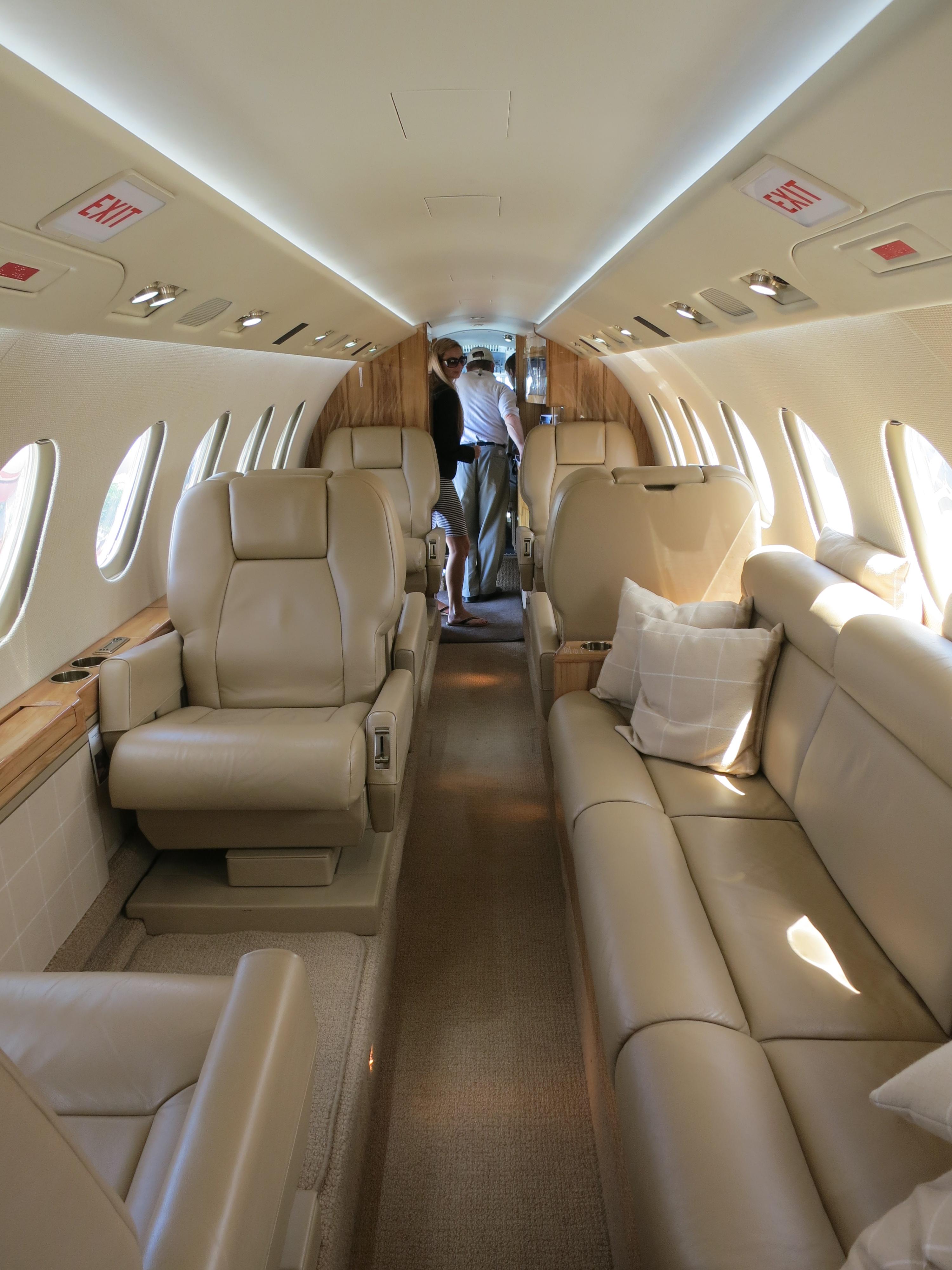 File Dassault Falcon 50 Cabin Looking Forward Jpg